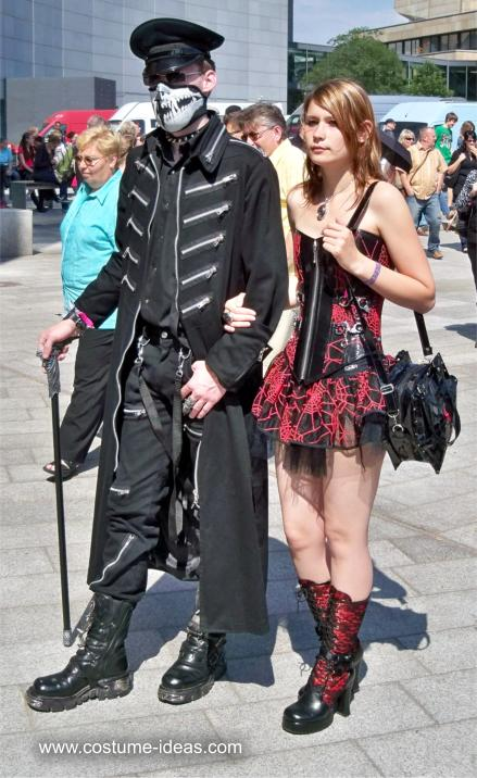 Costumes and Dresses at the Wave Gothic Festival 2011 ...